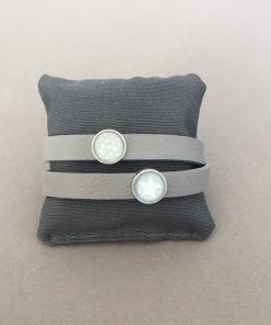 Armband Leder glatt doppelt hellgrau Blume des Lebens Stern