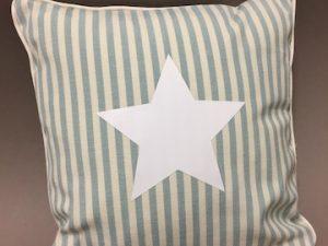 Kissen klein blau weiß Streifen Stern