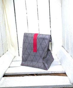 Lunchbag SCANDI grau grafisch Klett pink klein hinten