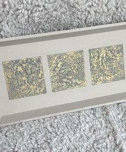 Tablett Holz Strukturpaste taupe grau gold schräg allein